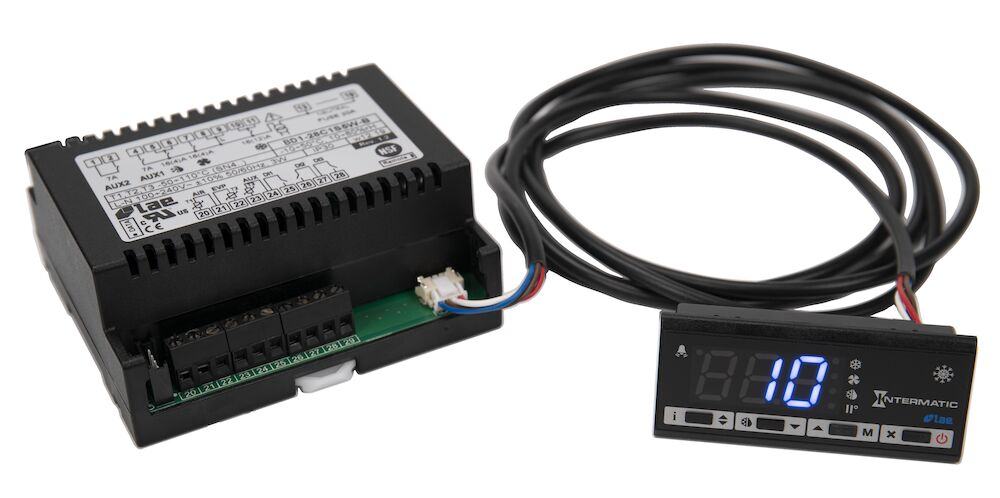 Refrigeration Controller, 3 NTC/PTC Sensors, 1 Digital Input,, 100-230 VAC, Screw Terminals, RS485 redirect to product page